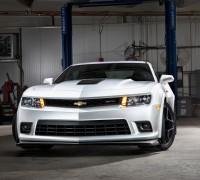 2014_Chevrolet_Camaro_Z28_03