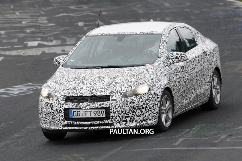 SPYSHOTS: Next-gen Chevrolet Cruze, incl interior Image #204048