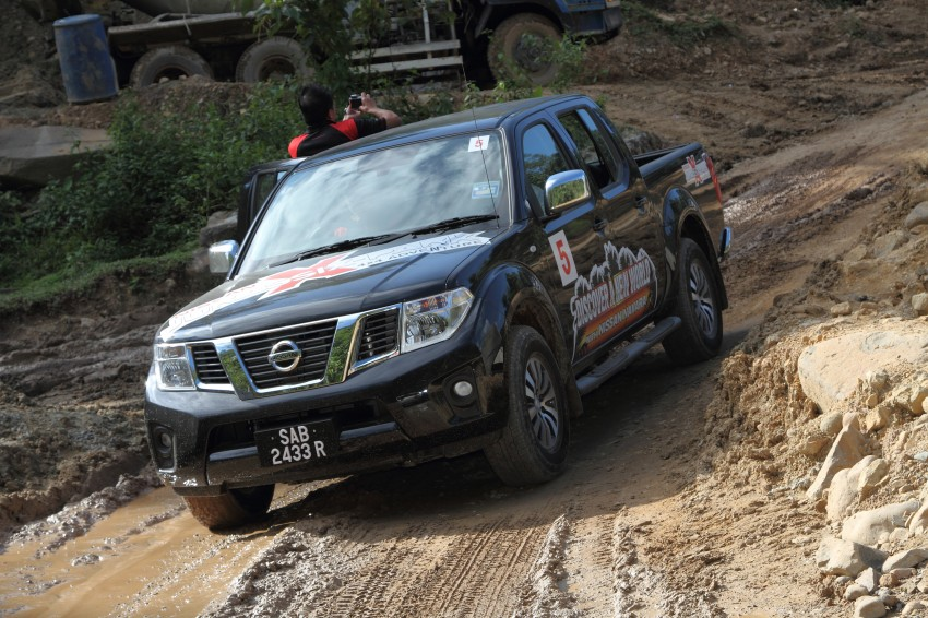 Nissan Navara 4WD LE and SE updated, from RM95k Image #206177