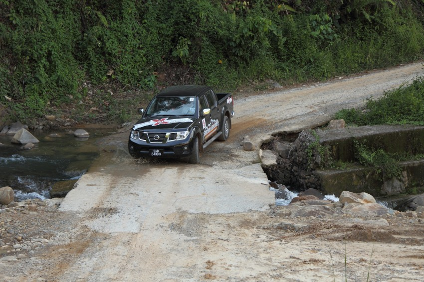 Nissan Navara 4WD LE and SE updated, from RM95k Image #206180