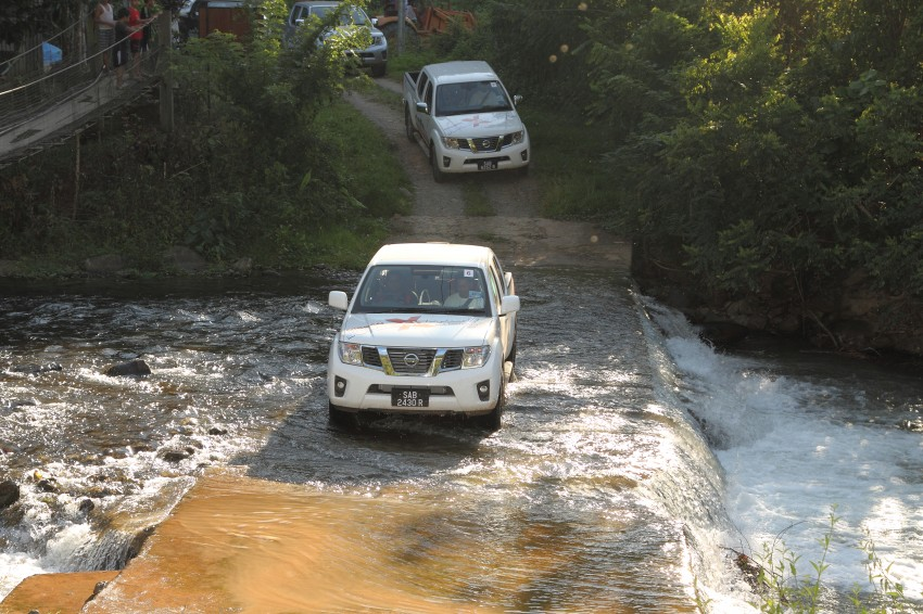 Nissan Navara 4WD LE and SE updated, from RM95k Image #206182