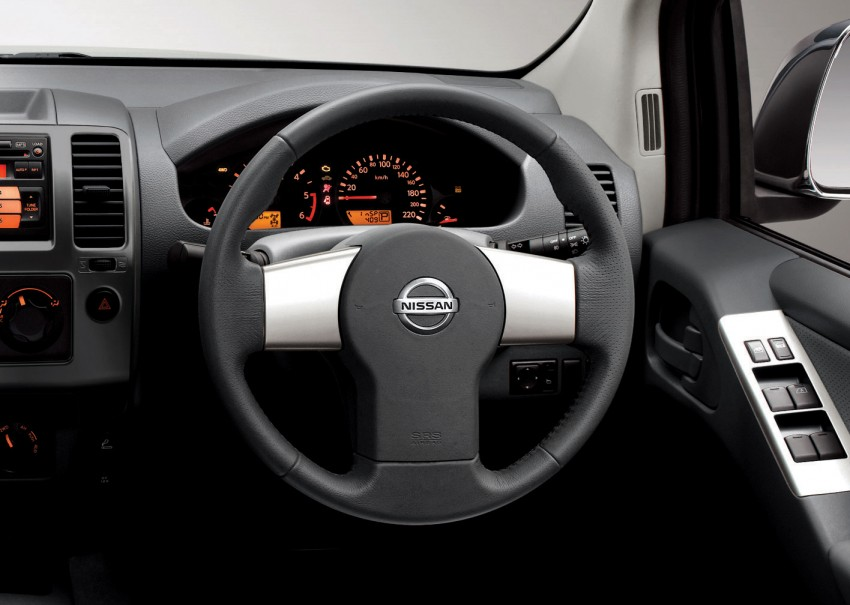 Nissan Navara 4WD LE and SE updated, from RM95k Image #206222