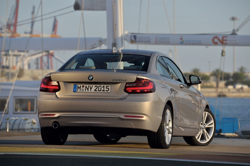 New BMW 2 Series Coupe and M235i unveiled in full Image #206486