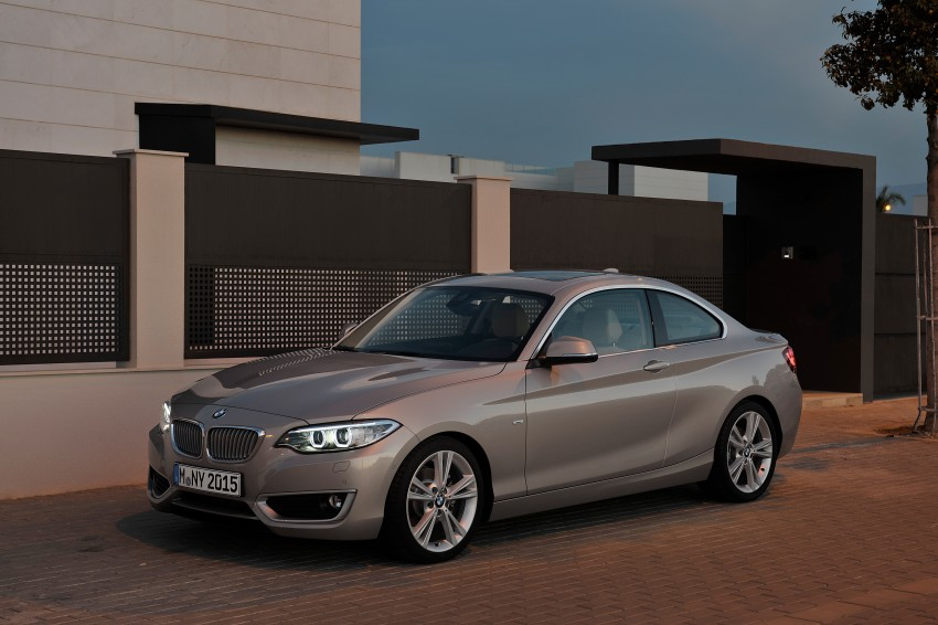 New BMW 2 Series Coupe and M235i unveiled in full Image #206490