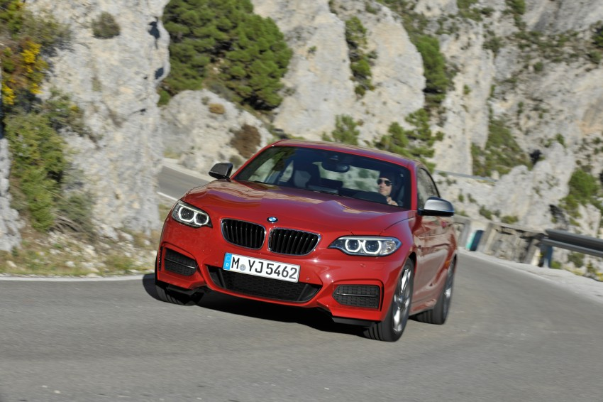 New BMW 2 Series Coupe and M235i unveiled in full Image #206472