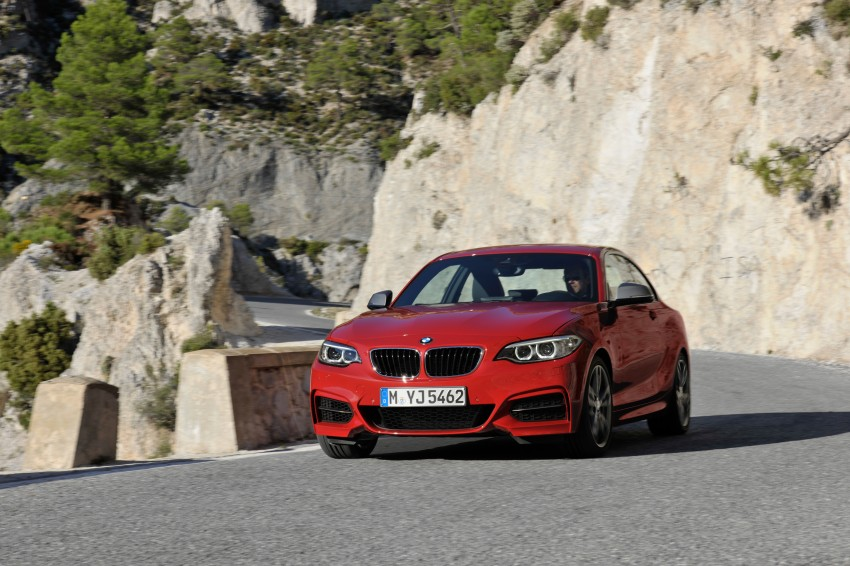 New BMW 2 Series Coupe and M235i unveiled in full Image #206473