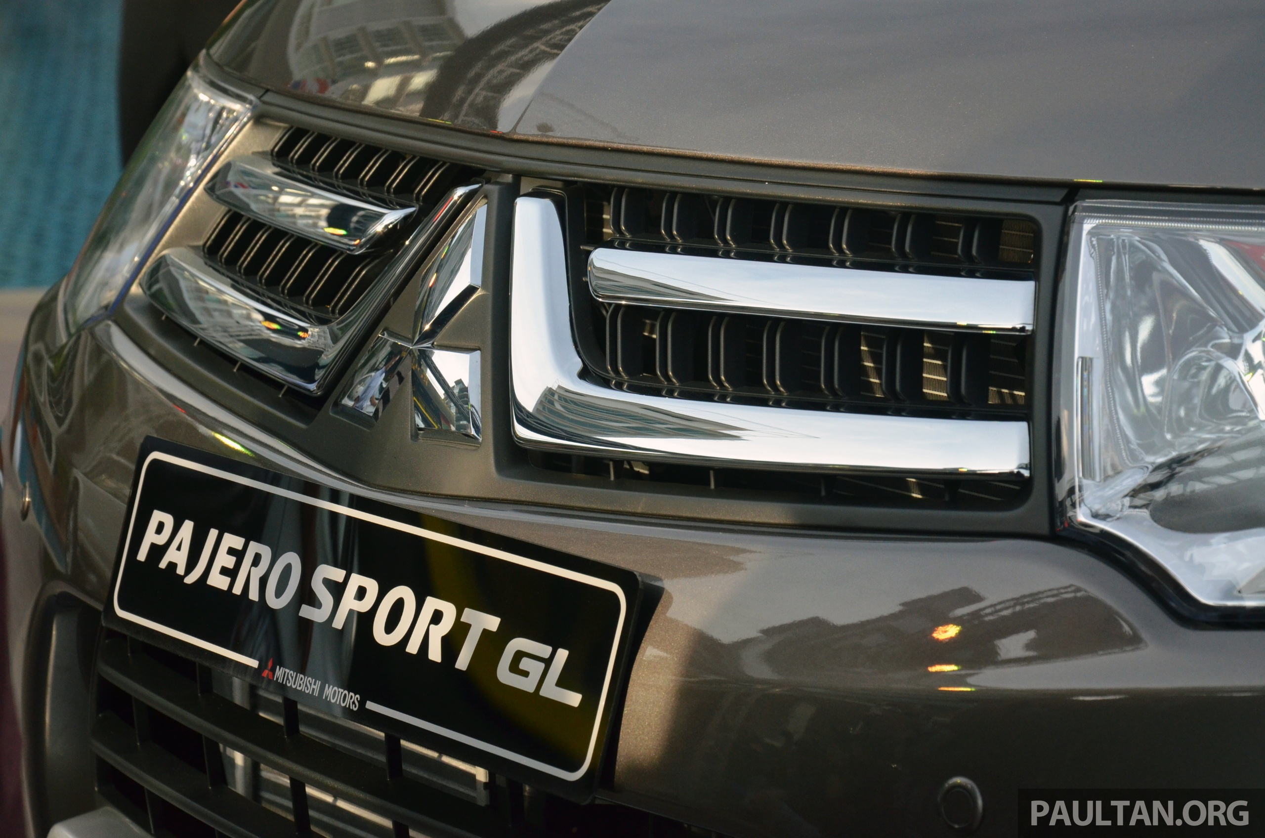 Mitsubishi Pajero Sport GL and Pajero Sport VGT enhanced for 2013