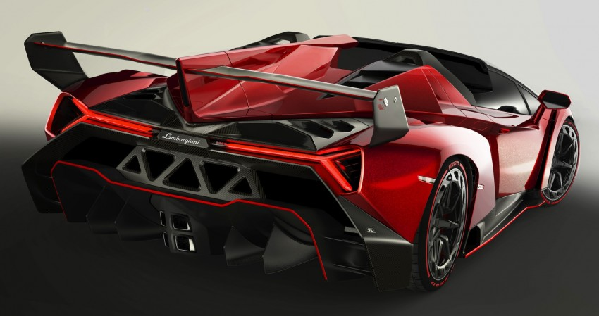 Lamborghini Veneno Roadster – 3.3 million euro each Image #205570