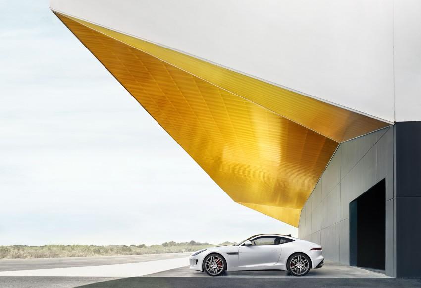 Tokyo 2013: Jaguar F-Type Coupe debuts, gets 550 PS Image #212672