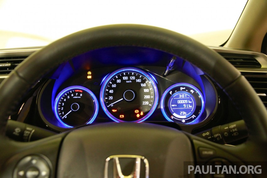 2014 Honda City makes world debut in India – class leading wheelbase, 1.5L diesel and petrol engines Image #213822