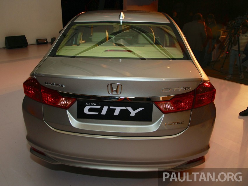 2014 Honda City makes world debut in India – class leading wheelbase, 1.5L diesel and petrol engines Image #213834