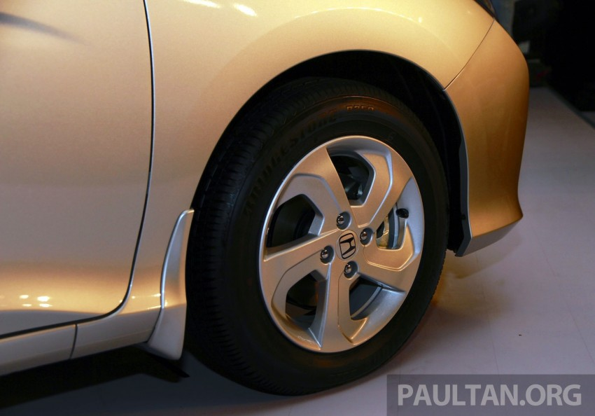2014 Honda City makes world debut in India – class leading wheelbase, 1.5L diesel and petrol engines Image #213827