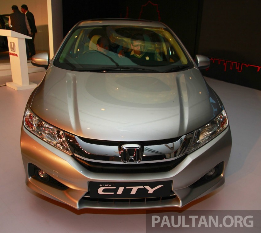 2014 Honda City makes world debut in India – class leading wheelbase, 1.5L diesel and petrol engines Image #213829