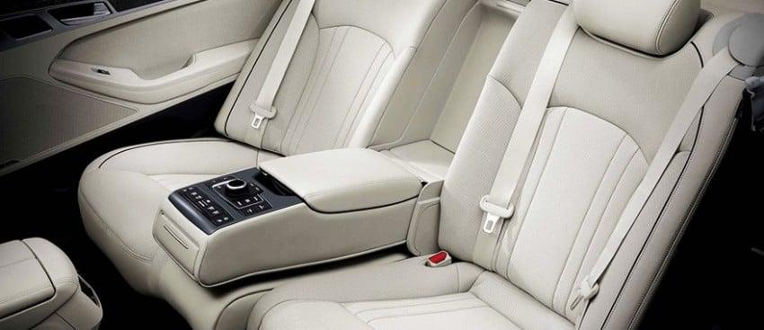 2014 Hyundai Genesis makes world debut in Korea Image #214135