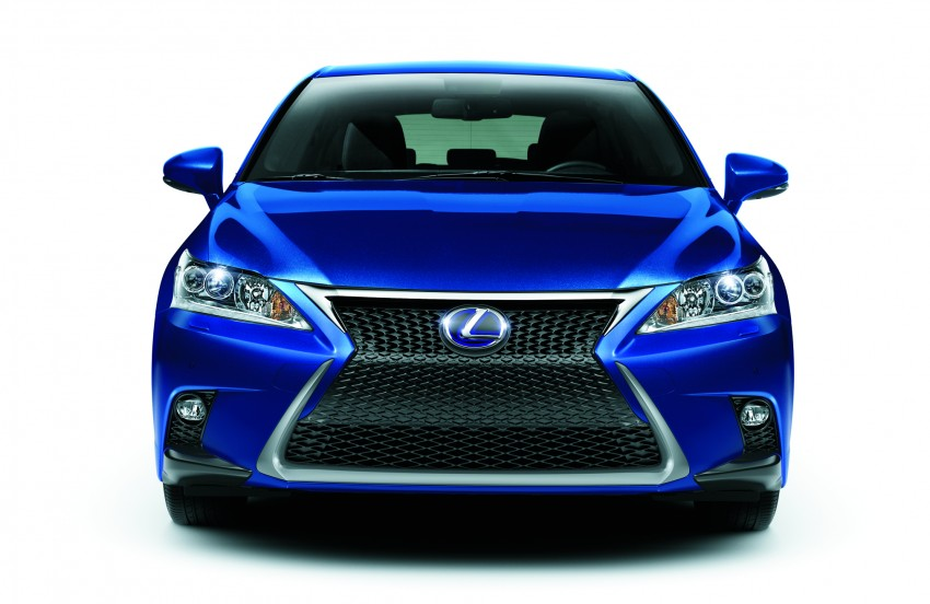 2014 Lexus CT 200h facelift unveiled in Guangzhou Image #212959