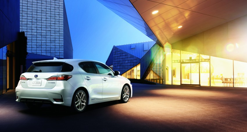 2014 Lexus CT 200h facelift unveiled in Guangzhou Image #212969