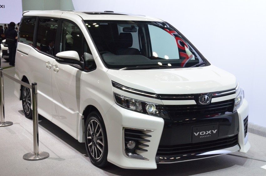 2014 Toyota Noah and Voxy previewed at Tokyo 2013 Image #213065