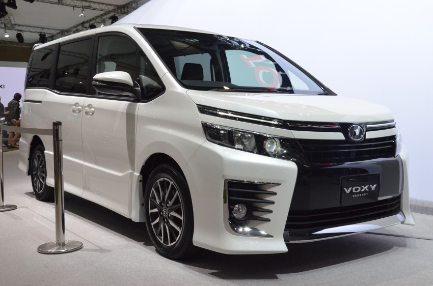 2014 Toyota Noah and Voxy previewed at Tokyo 2013 Image #213062