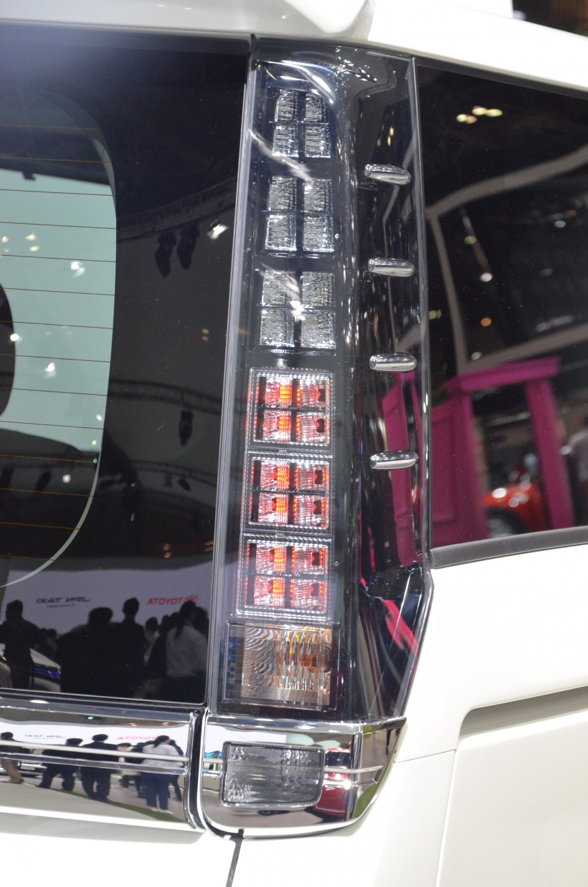 2014 Toyota Noah and Voxy previewed at Tokyo 2013 Image #213057