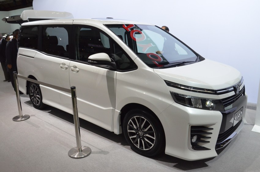 2014 Toyota Noah and Voxy previewed at Tokyo 2013 Image #213048