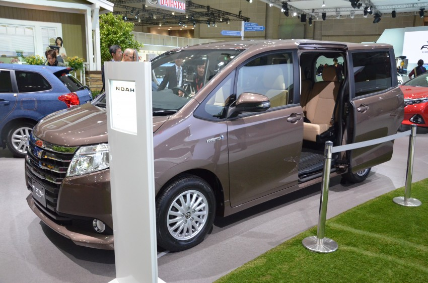 2014 Toyota Noah and Voxy previewed at Tokyo 2013 Image #213044