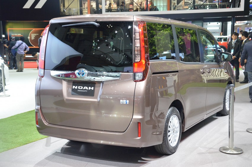 2014 Toyota Noah and Voxy previewed at Tokyo 2013 Image #213035