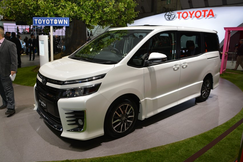 2014 Toyota Noah and Voxy previewed at Tokyo 2013 Image #213067