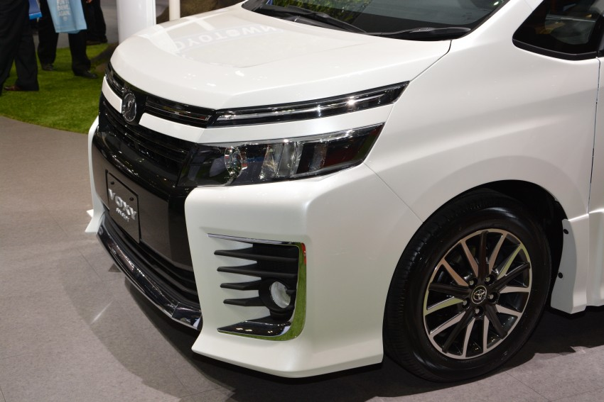 2014 Toyota Noah and Voxy previewed at Tokyo 2013 Image #213069
