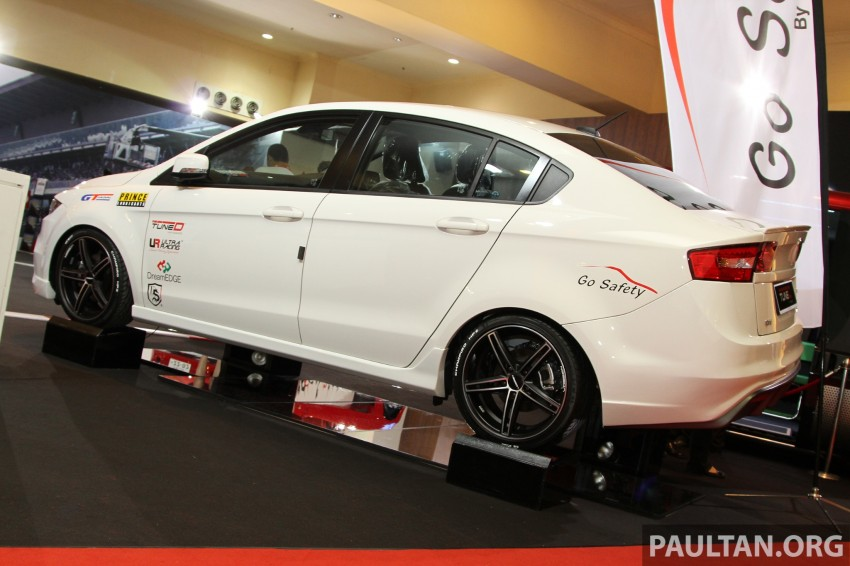 Proton Preve bodykit by DreamEDGE at KLIMS13 Image #212448