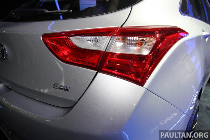 Hyundai i30 hatchback and Veloster Turbo previewed at KLIMS13, both launching in 2014 Image #212593