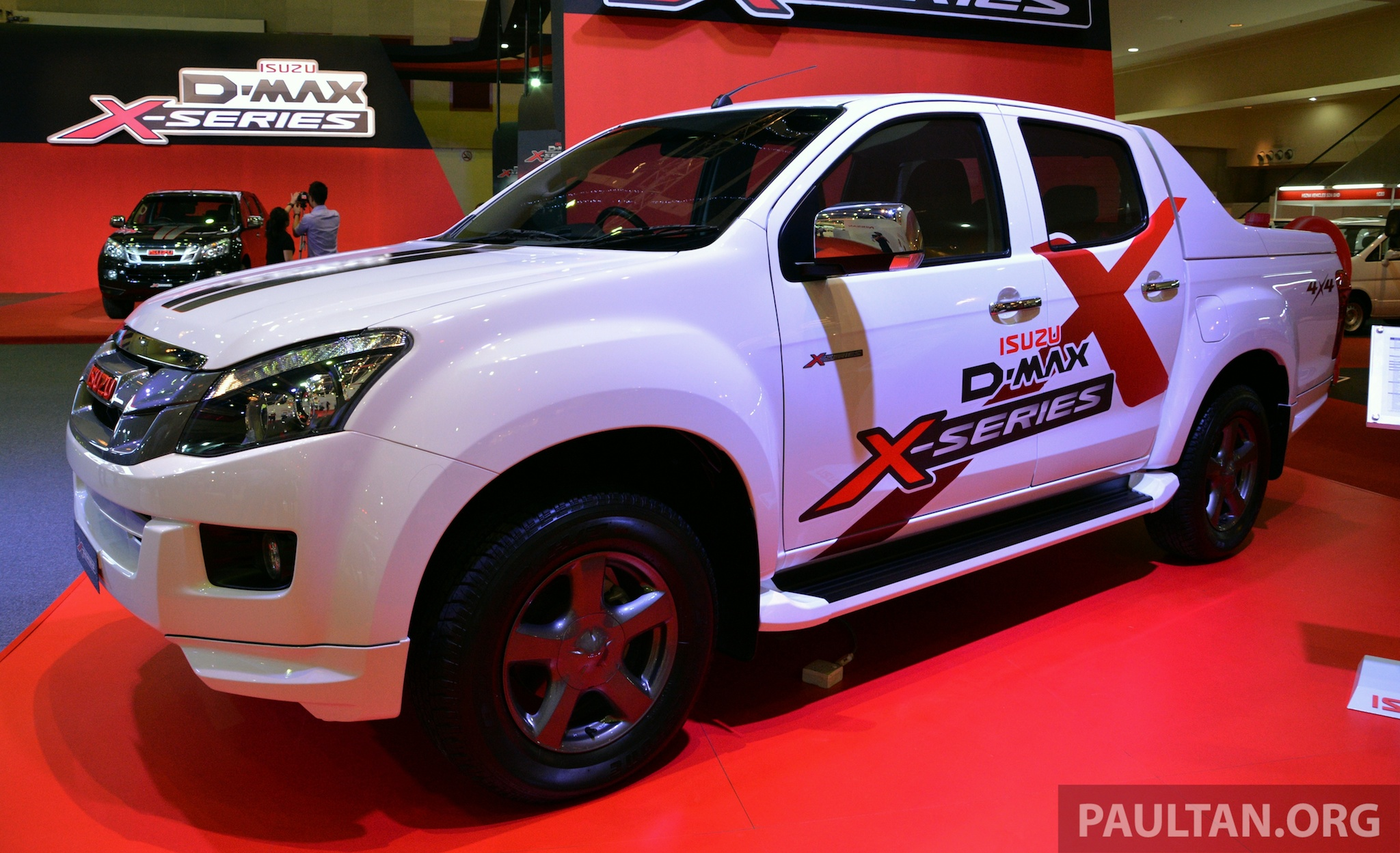 2013 isuzu d max x series launched only 300 units. Black Bedroom Furniture Sets. Home Design Ideas