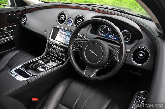 Jaguar_XJL_2.0_Ti_Driven_ 028