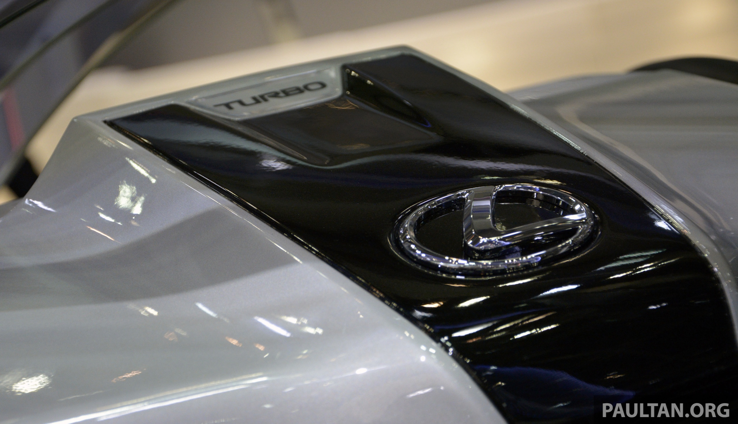 Tokyo 2013 Lexus Lf Nx Turbo Goes The Blown Route Paul