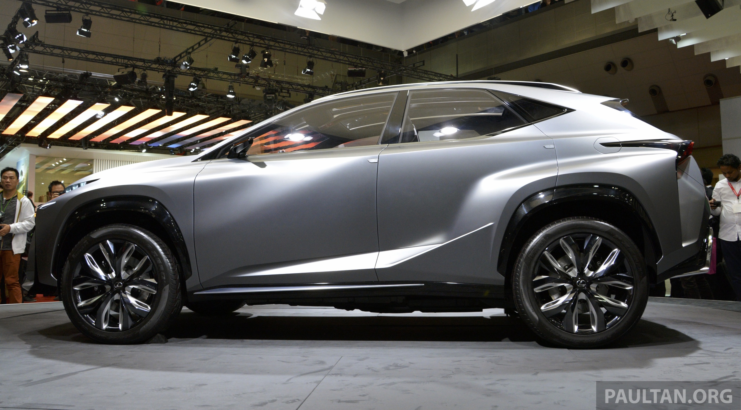 Local Market Tool >> Tokyo 2013: Lexus LF-NX Turbo goes the blown route
