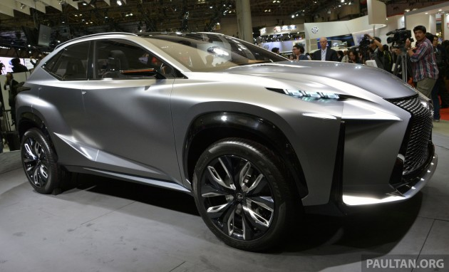 Tokyo 2013: Lexus LF-NX Turbo goes the blown route