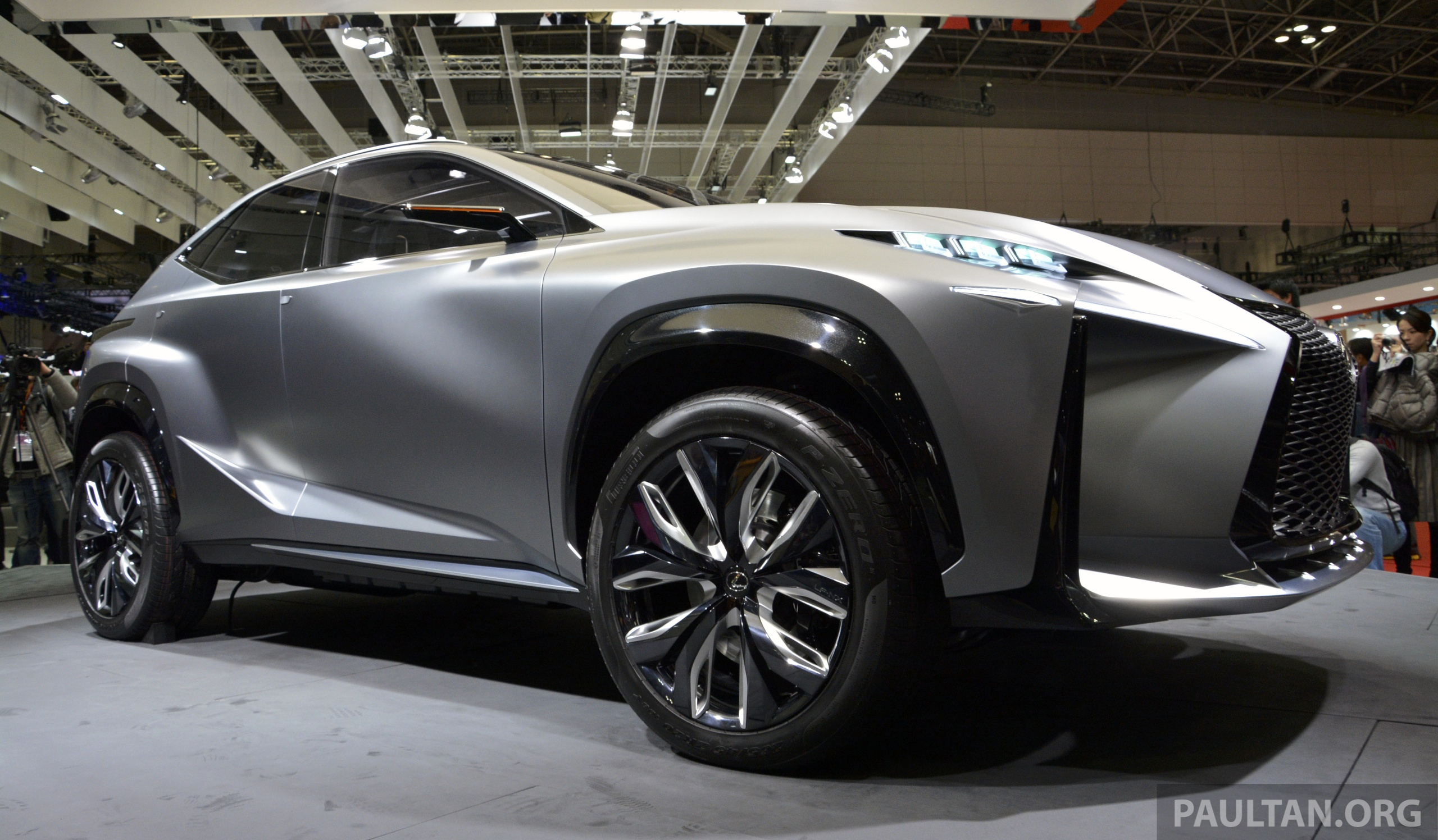 tokyo 2013 lexus lf nx turbo goes the blown route image. Black Bedroom Furniture Sets. Home Design Ideas