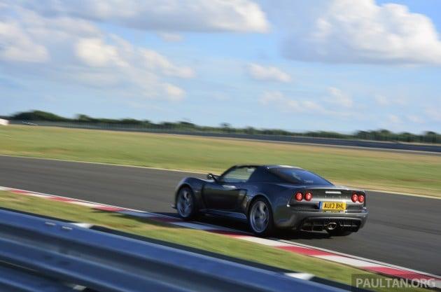 Lotus Exige S Roadster 14