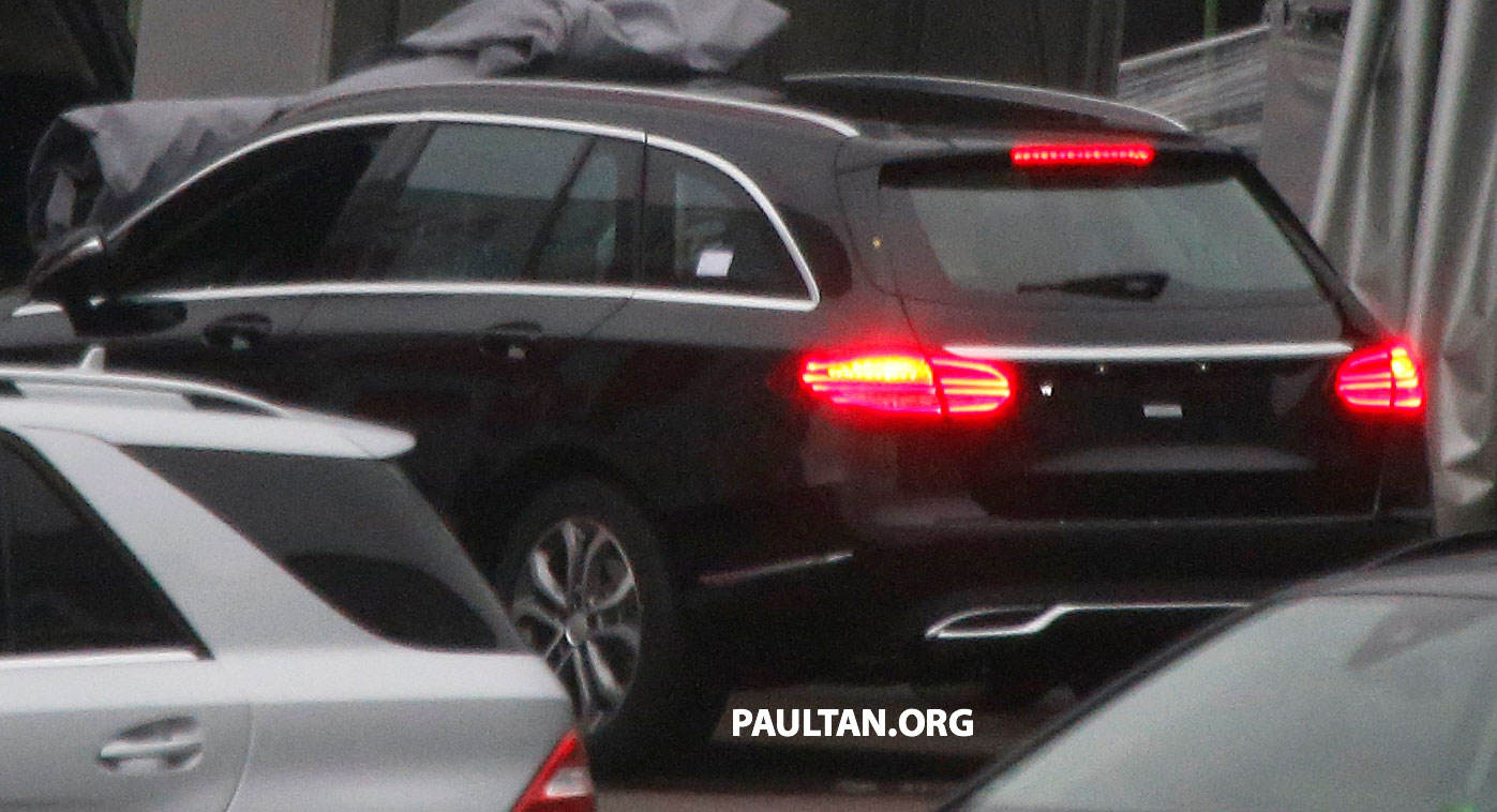 w205 mercedes benz c class estate spotted undisguised. Black Bedroom Furniture Sets. Home Design Ideas