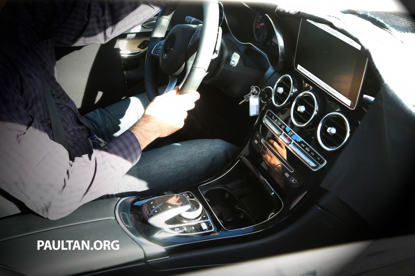 SPYSHOTS: First view of new GLK-Class interior Image #209443