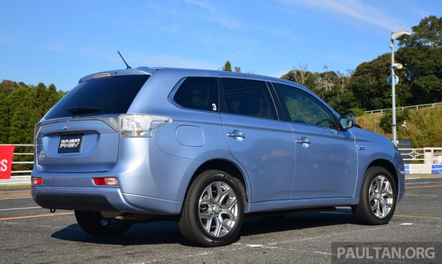 Mitsubishi_Outlander_PHEV_review_ 004