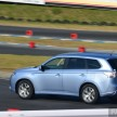 Mitsubishi_Outlander_PHEV_review_ 052