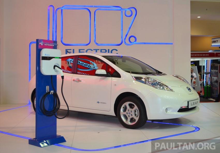 Nissan Leaf launched at KLIMS13, EV goes for RM169k Image #209752
