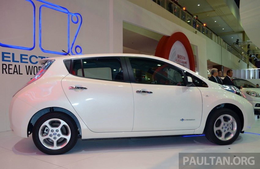 Nissan Leaf launched at KLIMS13, EV goes for RM169k Image #209756