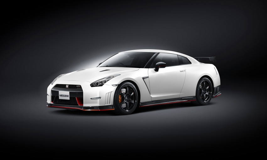 Nissan GT-R Nismo debuts – 600 hp, 7:08 'Ring time Image #211697