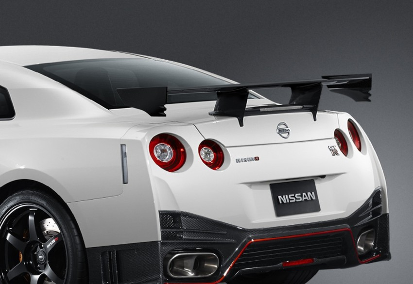 Nissan GT-R Nismo debuts – 600 hp, 7:08 'Ring time Image #211701