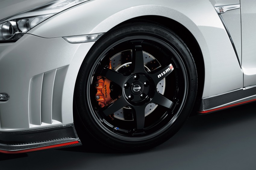 Nissan GT-R Nismo debuts – 600 hp, 7:08 'Ring time Image #211702