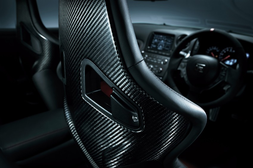 Nissan GT-R Nismo debuts – 600 hp, 7:08 'Ring time Image #211708