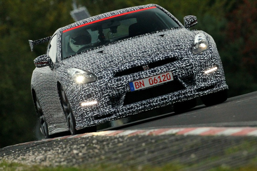 Nissan GT-R Nismo debuts – 600 hp, 7:08 'Ring time Image #211722