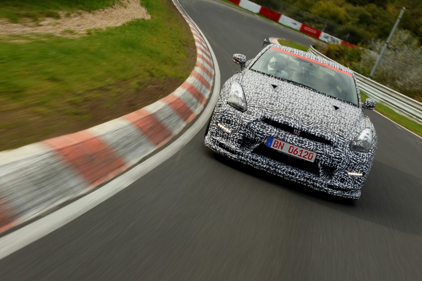 Nissan GT-R Nismo debuts – 600 hp, 7:08 'Ring time Image #211729
