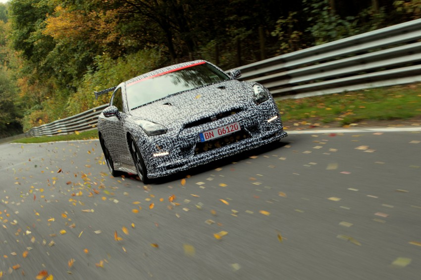 Nissan GT-R Nismo debuts – 600 hp, 7:08 'Ring time Image #211732